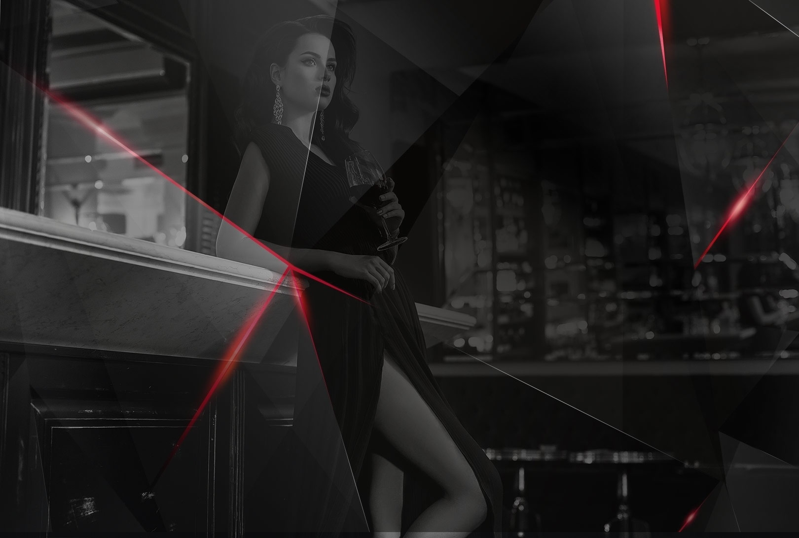 Kobieta z drinkiem w klubie bilardowym